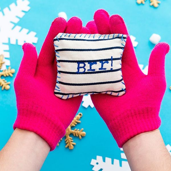 How to Make DIY Hand Warmers to Warm Up Your Little Paws