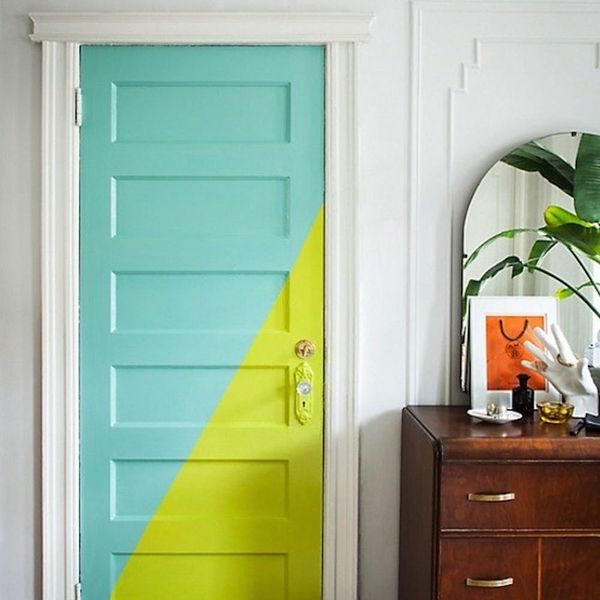 13 Photos That Will Make You Want to Paint Your Door for an Instant Home Makeover
