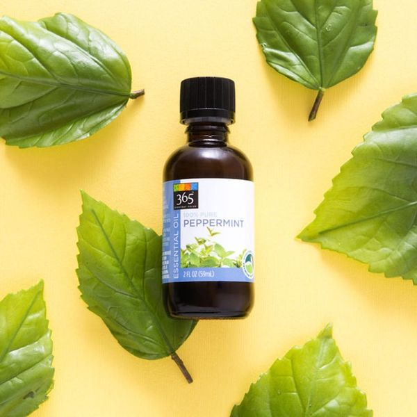 7 Ways I Use Peppermint Essential Oil to Feel Better