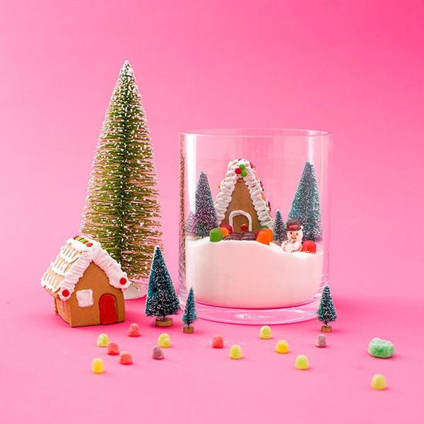 How to Make a Snow Globe You Can EAT