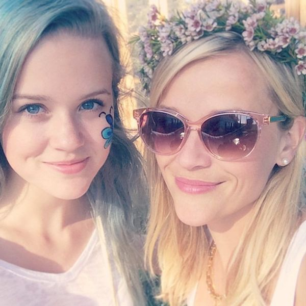 See the Lookalike Photo of Reese Witherspoon's Daughter on Her 17th Birthday