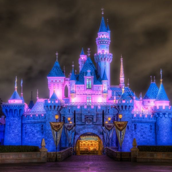The Ultimate Disneyland Date Guide for You and Your Boo