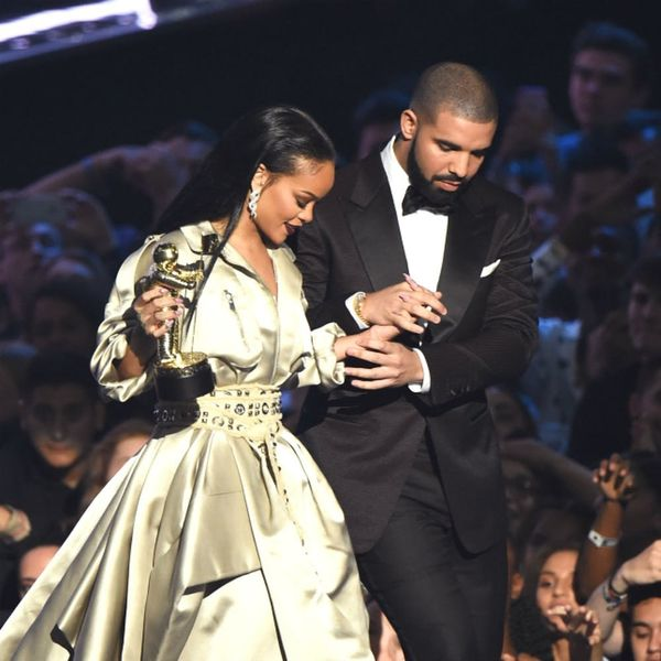 Rihanna Kissed Drake on Stage and It Was Everything