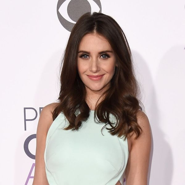 Community's Alison Brie Will Be Starring in Netflix's Female Wrestling Series G.L.O.W.