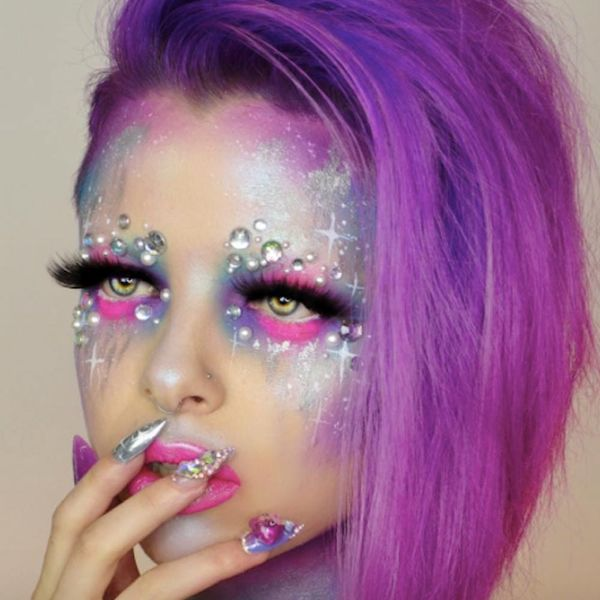 Lisa Frank-Inspired Make-Up Is What Our Glitter Rainbow Dreams Are Made Of
