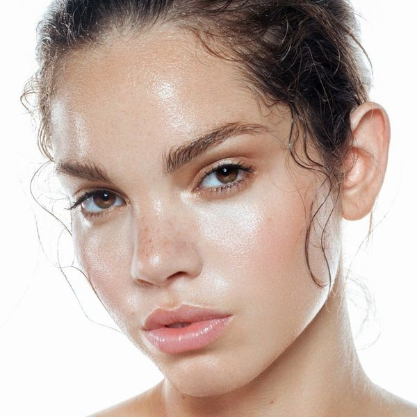 Why Face Gloss Is the New Beauty Product You Want in Your Life