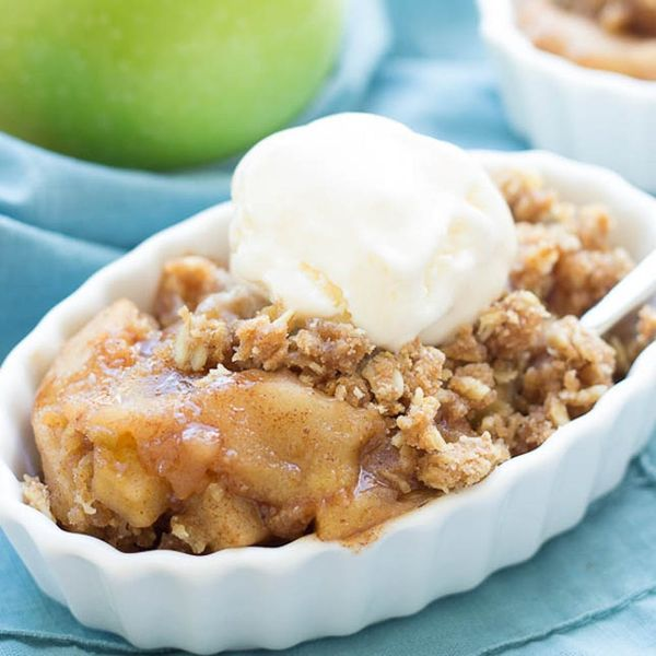 13 Slow Cooker Cobblers to Make Your Labor Day Feast a Breeze