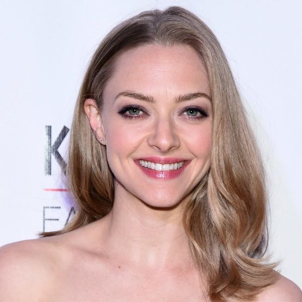 You *NEED* to See Amanda Seyfried With Short Brown Hair