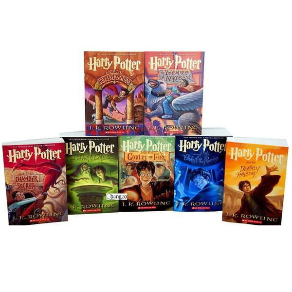 Here's How to Nab the Complete Harry Potter Book Collection for Nearly Half the Price