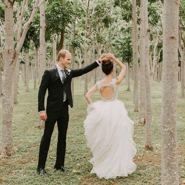 This Tea Tree Forest Wedding in Kauai Is Tropical Wedding Magic