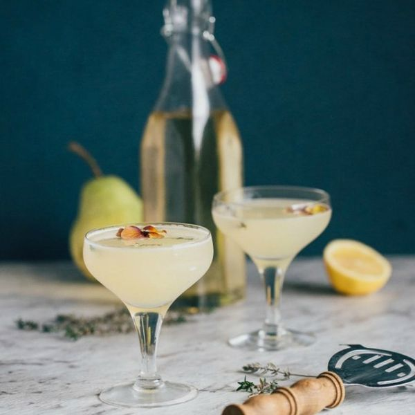 14 Herbaceous Cocktails Full of Fall Flavors
