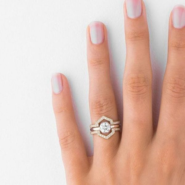 15 Unique Fitted Engagement Ring and Wedding Band Combos That Just Belong Together