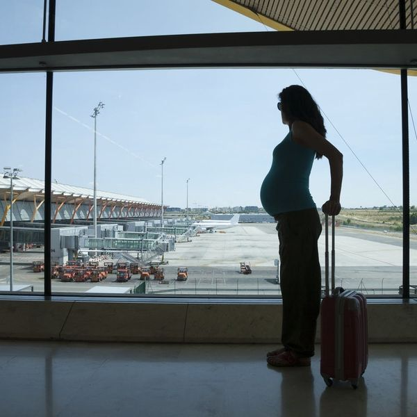 5 Tips for Traveling Safe and Happy While Pregnant
