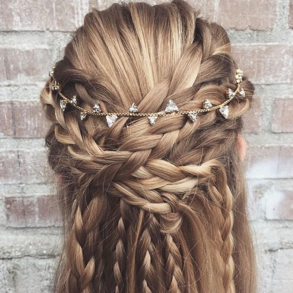 These 15 Half-Up 'Dos Are the Perfect Bridal Hairspiration