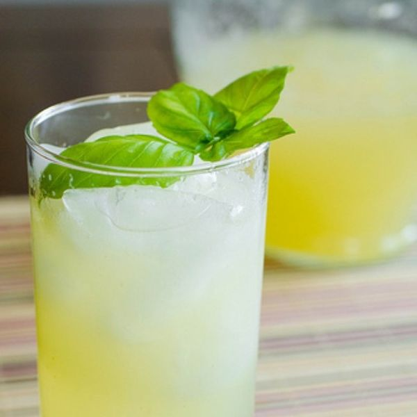 18 Refreshing Lemonade Recipes and Cocktails to Whip Up This Weekend