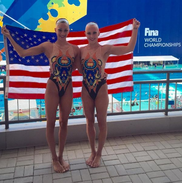 US Synchronized Swimmers Style Swear by This Super Weird Hair Hack