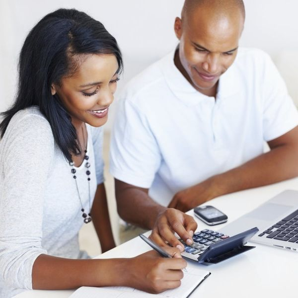 Read These 5 Tips Before Sharing Finances With Your S.O.