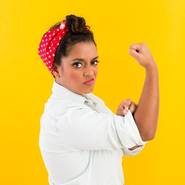 Halloween Hack: How to DIY a Rosie the Riveter Costume