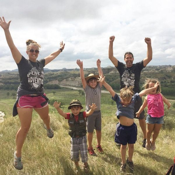 Meet 6 Fascinating Families That Travel the Globe Full-Time