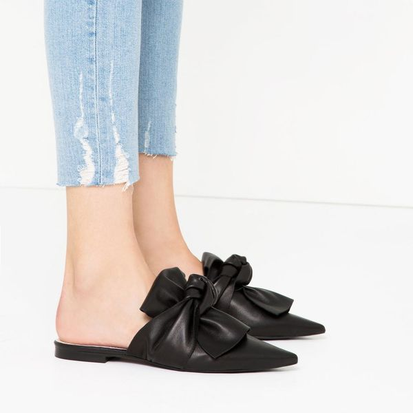 9 Pairs of It Girl-Approved Shoes to Snag Before Summer Is Over