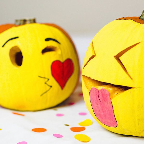 29 Creative Pumpkin Faces to Carve for Halloween