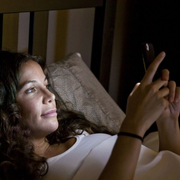 Here's What Happened When I Stopped Using Screens at Night for One Week