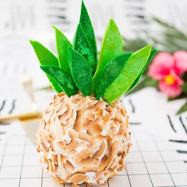 Make This Pineapple-Shaped Pound Cake Before Summer Is Over