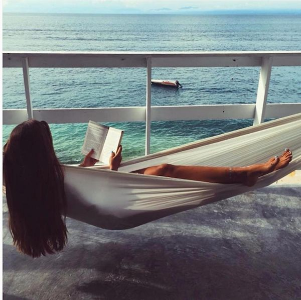 Indulge Your Wanderlust With These Dreamy Airbnb Hammocks
