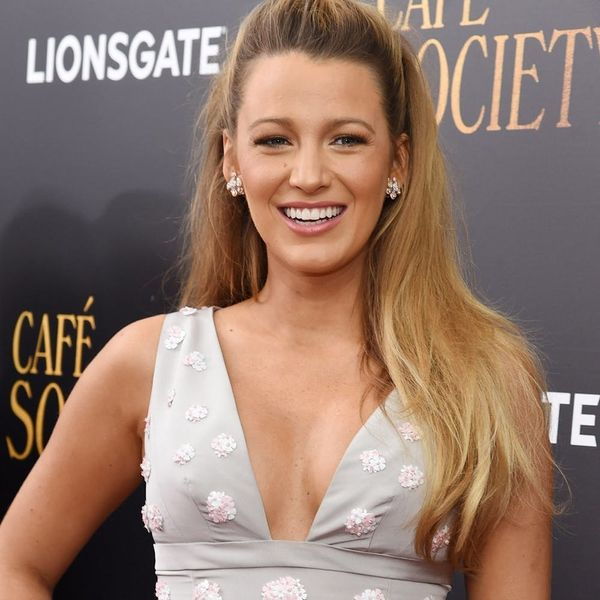 Blake Lively Just Wore the Chicest Maternity Crop Top