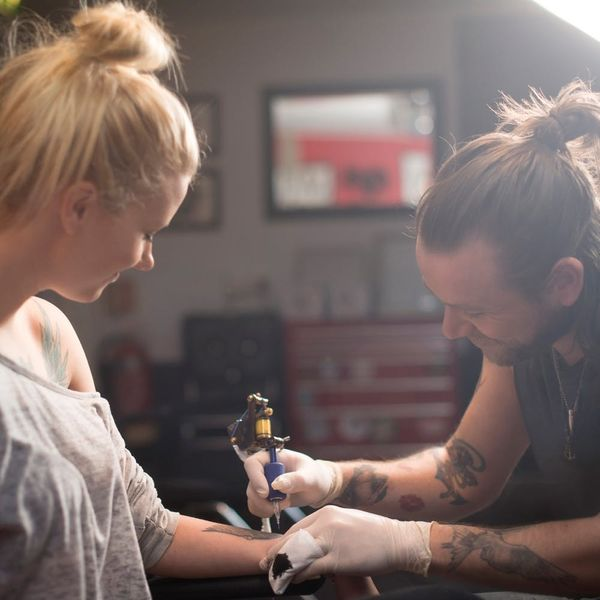 This Trendsetting Celeb's New Tattoo Lights Up in the Dark