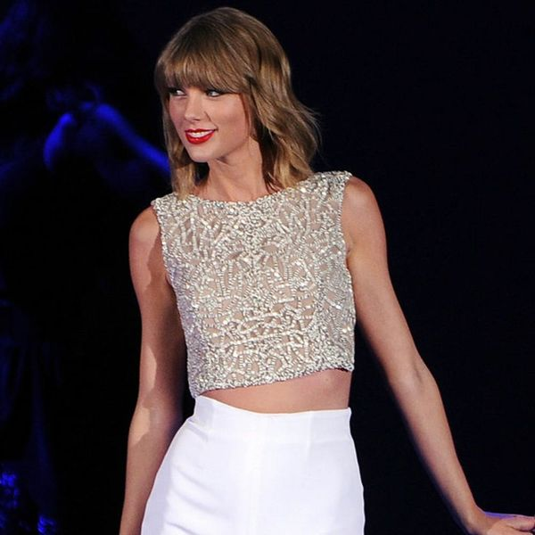 How to Vacay Like Taylor Swift (Tom Hiddleston Not Included)
