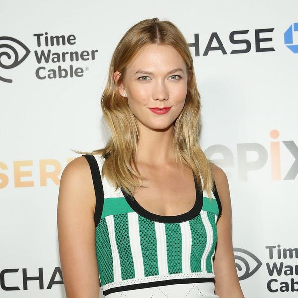 Here's Karlie Kloss's Totally Free Workout Hack