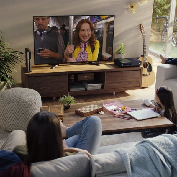 ATTENTION: Netflix Is Coming to Cable TV