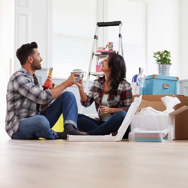 5 Signs You and Your S.O. Should NOT Move in Together