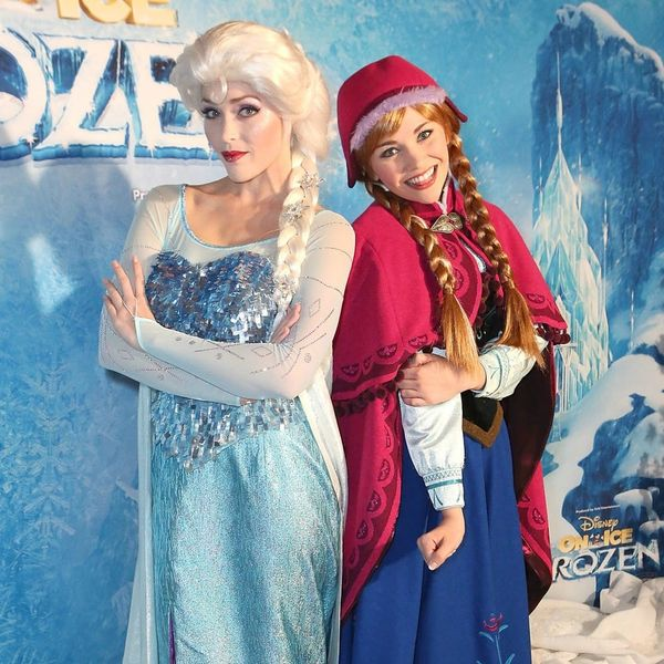 This Group of Students Gifted a Little Girl With the Sweetest Frozen-Themed Surprise Ever