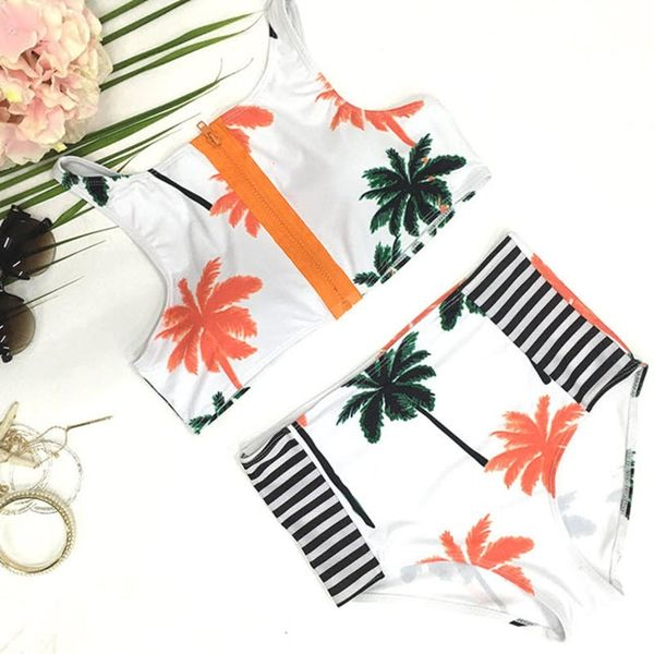 3 Bikini Trends You *Have* to Try This Summer