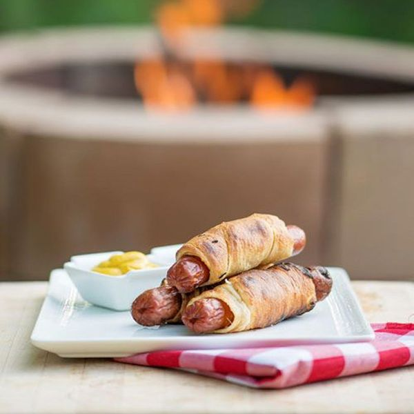 12 Fire Pit Recipes for Your Summertime Backyard Soiree