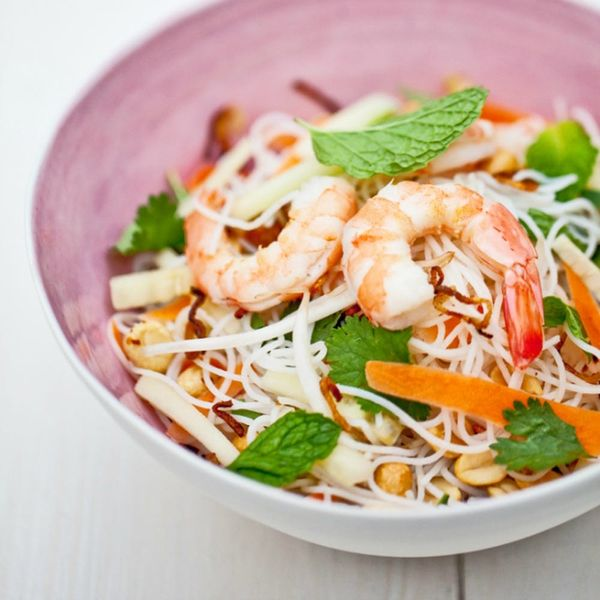 Spring Roll Bowls Are *the* Deconstructed Food Trend of Summer