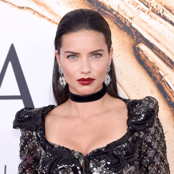 Adriana Lima's Insanely Simple Breakfast Smoothie Will Be Your New Go-To