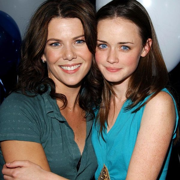 Gilmore Girls Will Be Available on Netflix WAYYYY Sooner Than You Thought