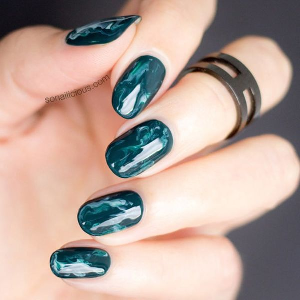9 Marble Nails That Will Instantly Upgrade Your Mani