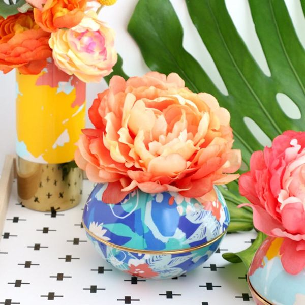What to Make This Weekend: Patterned Orb Vases, Hanging Leather Planters + More