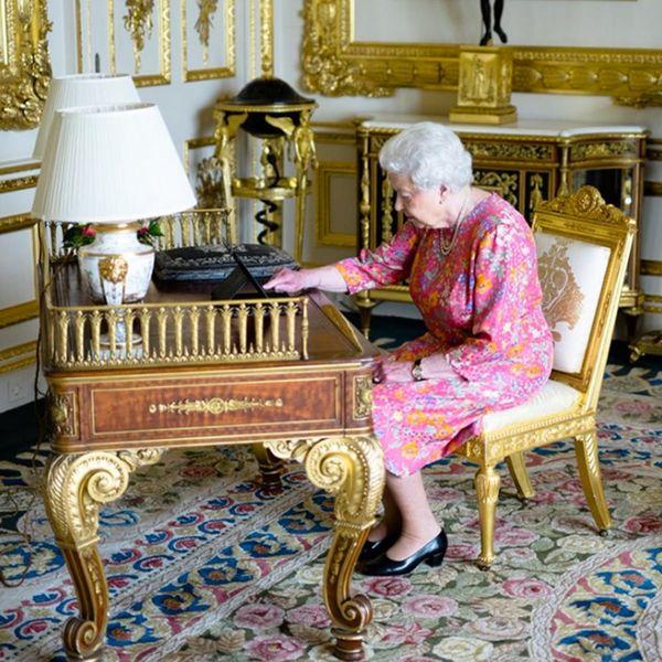 Queen Elizabeth Just Posted Her Very First Tweet