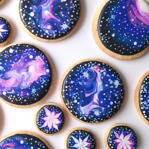 11 Galaxy-Themed Desserts That Are Totally Out of This World