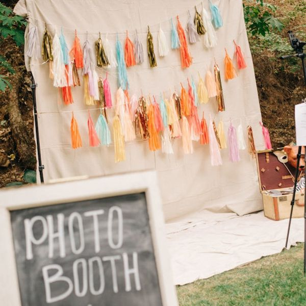 16 Ways to Incorporate Tassels into Your Wedding Decor