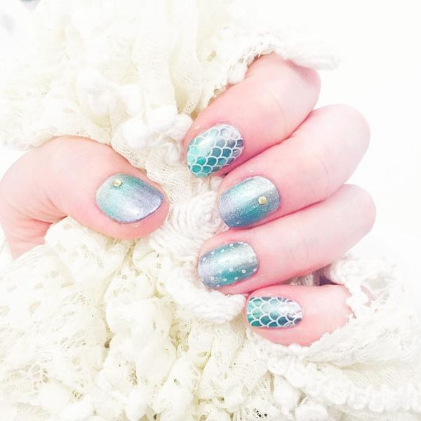 10 Mermaid Manis That Will Take Your Beach Look to the NEXT Level