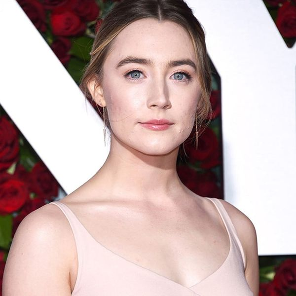 Saoirse Ronan Just Showed Us How to Rock Cutouts in a Modest Way