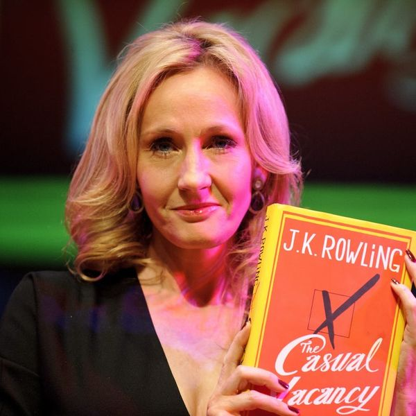Morning Buzz! J.K. Rowling's Orlando Shooting Tribute Will Make You Cry + More