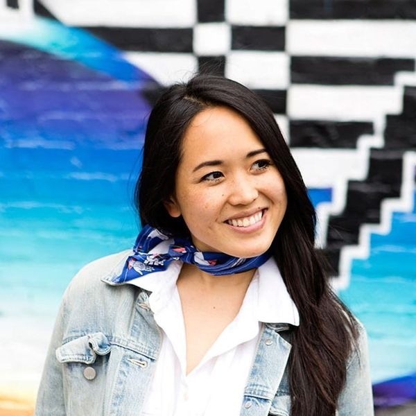Make Like a French Girl With Easy DIY Ascot Scarves