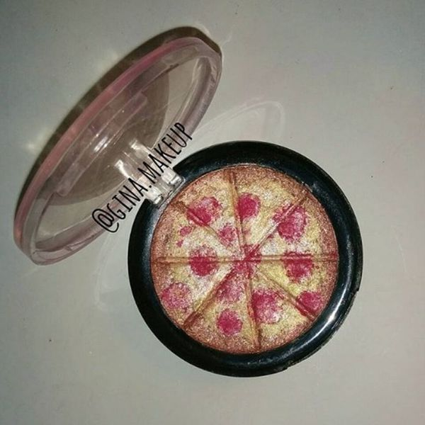 This Pizza Highlighter Will Be Your New Makeup Must-Have